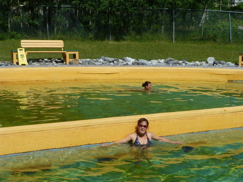 Bevor wir nach Whithorse kamen haben wir noch einen Abstecher zu den Thakini Hot Springs gemacht.