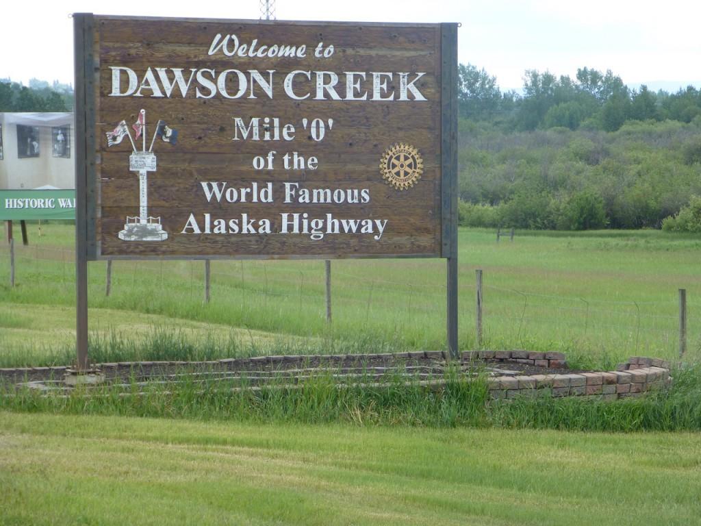 Wir sind am Anfang des Alska Highways angekommen.