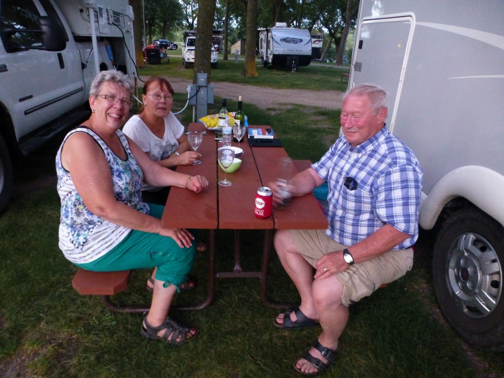 Ken & MaryAnn Loxtercamp aus Waconia.