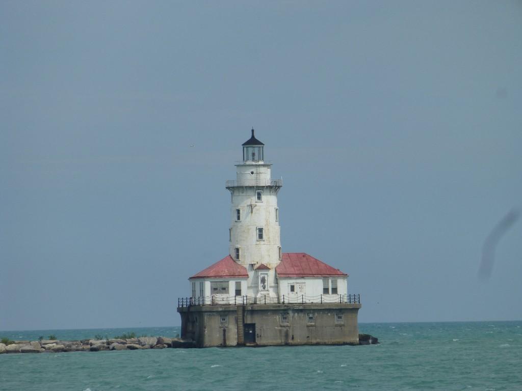 Diese Lighthouse ist gleichzeitig die Stbd. Seite der Hafeneinfahrt.